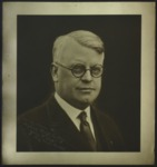 Man with spectacles, c. 1916